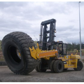 Komatsu GX Series - 20 to 25 Tonne, Diesel Engine Forklift
